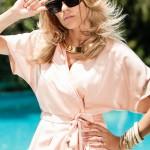 andreea ibacka - rochie roz-nude Boss 2