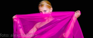 Andreea-Ibacka-pink-night-shoot-Alex-Chelba-Photo-4-of-6
